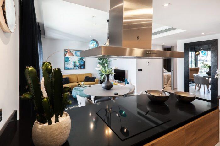Varná deska jako nedílná součást kuchyně
